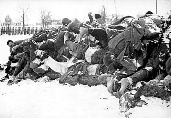 Война. Трупы советских солдат